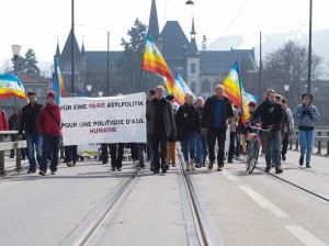 Die Demonstrierenden auf der Kirchenfeldbrücke